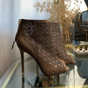 Badgley Mischka heeled Booties